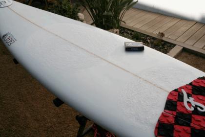 como poner la wax en una tabla de surf